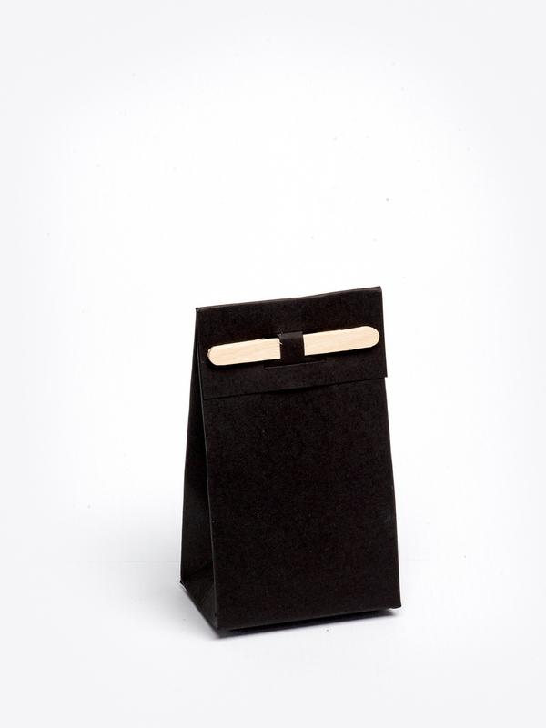 Zwart tasje met stokje om zelf te vullen